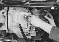 снятие коробки передач с автомобиля